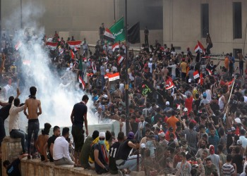 معهد دول الخليج: احتجاجات العراق ولبنان تهدد عرش خامنئي