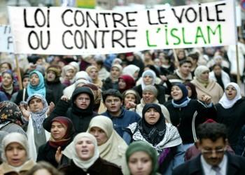 استطلاع: تنامي العنصرية والتمييز بحق مسلمي فرنسا آخر 5 سنوات