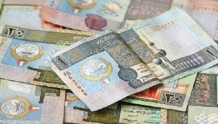 الكويت.. إنفاق المواطنين والمقيمين تراجع نصف مليار دينار خلال 9 شهور