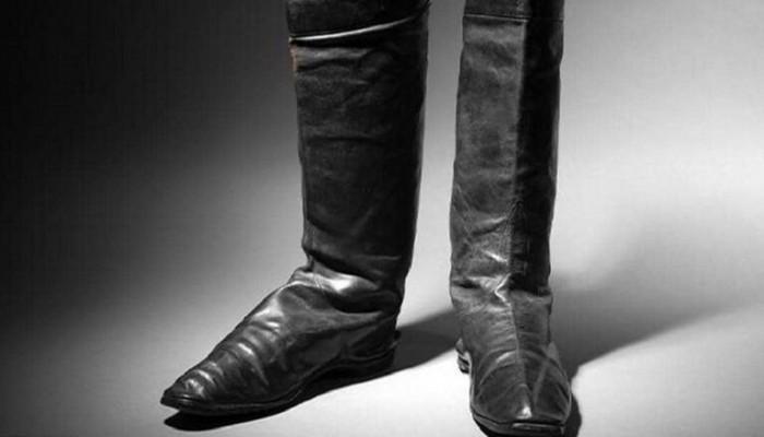 عرض حذاء نابليون في مزاد علني.. السعر المتوقع 80 ألف يورو