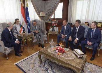 مصر وروسيا تبحثان بناء ترسانة بحرية