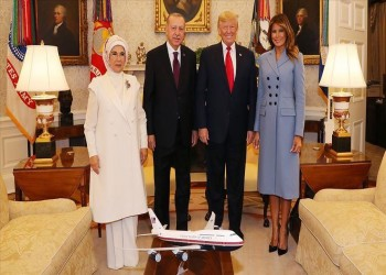ترامب ينشر عبر إنستجرام الصورة العائلية التي جمعته بأردوغان