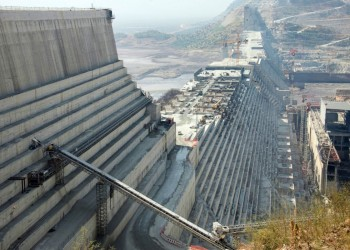 خبير يوضح خطورة السد المساعد في إثيوبيا