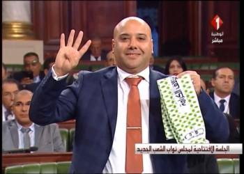 جدل تونسي بعد رفع نائبين شعار رابعة تحت قبة البرلمان
