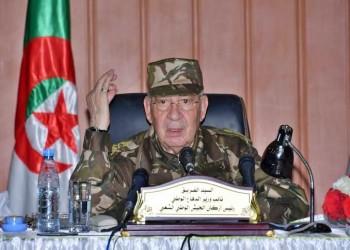قائد الجيش الجزائري: لن أتسامح مع استهداف المتظاهرين