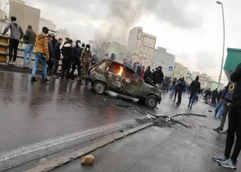 محللون: إيران ستخمد احتجاجات الوقود لكن تحمل الشعب ينفد