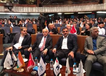 تركيا تأمل في رفع التجارة مع إيران إلى 30 مليار دولار سنويا