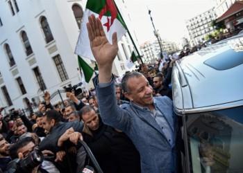 استقطاب ثنائي بأول أيام الحملة الانتخابية للرئاسة الجزائرية