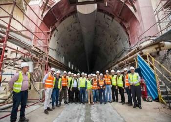 السيسي يكشف عن بناء نفق جديد أسفل قناة السويس