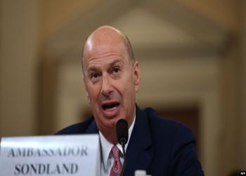 سفير أمريكا بالاتحاد الأوروبي يقر بمقايضة المساعدات الأمنية مع أوكرانيا