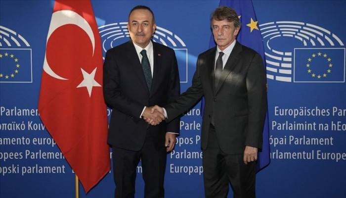 وزير الخارجية التركي: الإرهابيون يسرحون داخل البرلمان الأوروبي