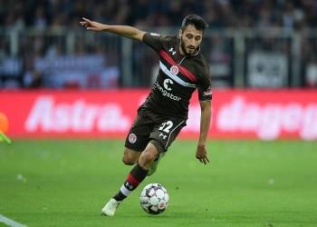 تحية للجيش التركي تنهي عقد لاعب مع فريق ألماني