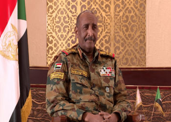 البرهان ينفي إرسال أي جندي سوداني للقتال في ليبيا