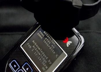 تعميم أساور إلكترونية للمراقبة الشرطية في الإمارات