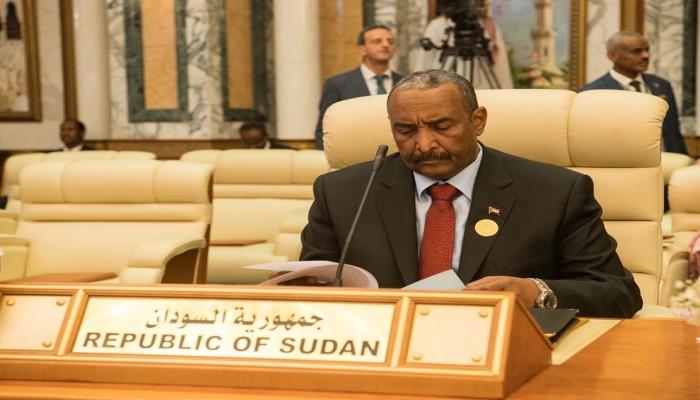 البرهان يشيد بدعم الإمارات لثورة السودان