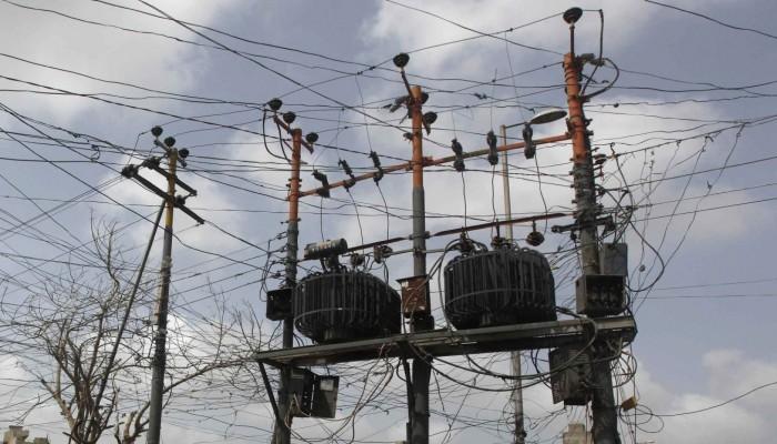 مسؤول تركي يلمح لتصدير الكهرباء إلى العراق قريبا