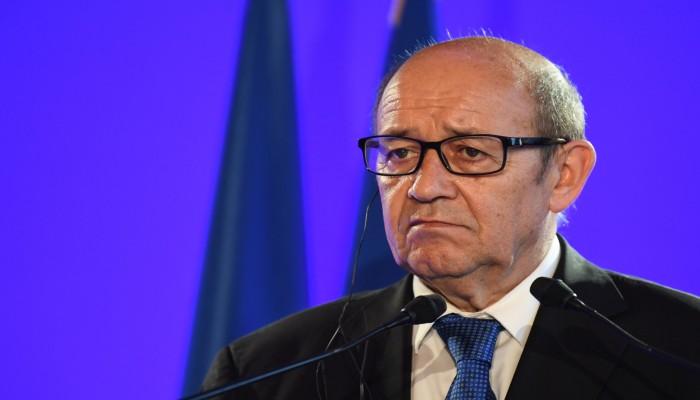 فرنسا تهدد إيران بسبب الاتفاق النووي.. ماذا قال لو دريان؟
