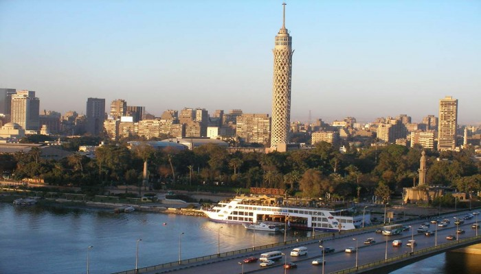 مصر.. انتحار مهندس من أعلى برج القاهرة