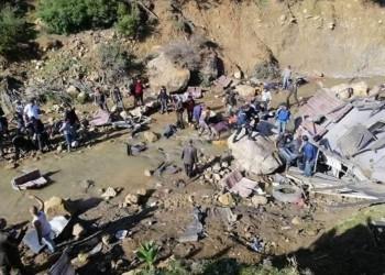مصرع 22 شخصا بانقلاب حافلة سياحية غربي تونس