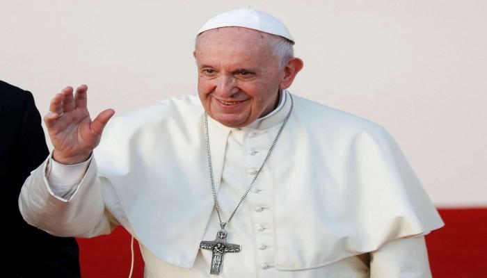 بابا الفاتيكان يعلق على أحداث العراق وينتقد قوات الأمن