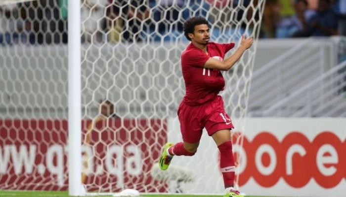 القطري أكرم عفيف يحصد جائزة أفضل لاعب في آسيا