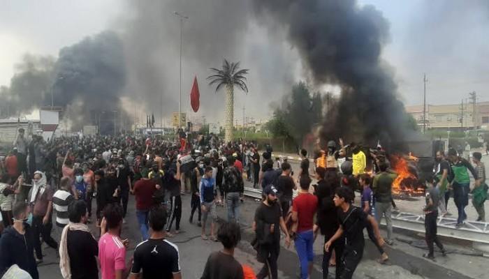 ميليشيات الحكمة تهاجم المحتجين العراقيين في النجف