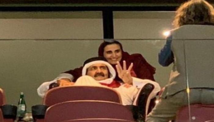 احتفالا بفوز قطر.. تويتر يكتسي بالعنابي وناشطون: مبروك للأدعم