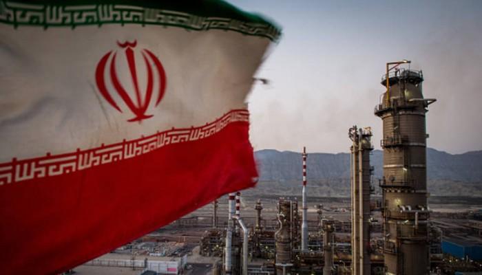 نائب روحاني: أمريكا فشلت في تصفير صادراتنا النفطية