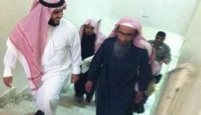 معتقلي الرأي: فهد القاضي ظل مقيدا بعد وفاته