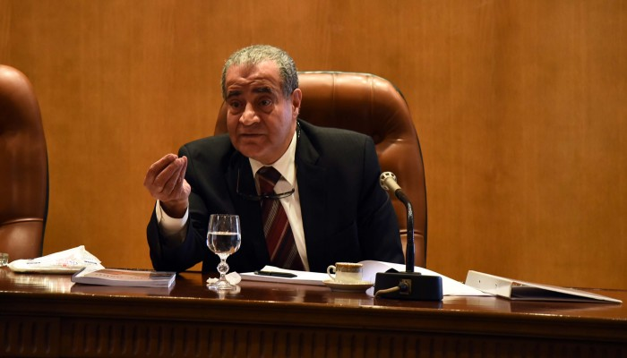 وزير مصري يسخر من الفقراء.. ومغردون: أين باسم عودة (فيديو)