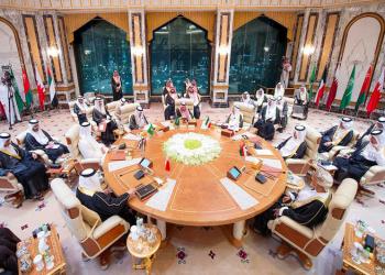 المونيتور: الاقتصاد وليس فزاعة إيران هو من سينهي حصار قطر