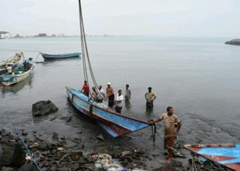 بعد منع الصيد.. يمنيون يطالبون الإمارات بمغادرة سواحلهم