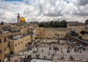 إسرائيل تحظر على محافظ القدس ممارسة مهام منصبه