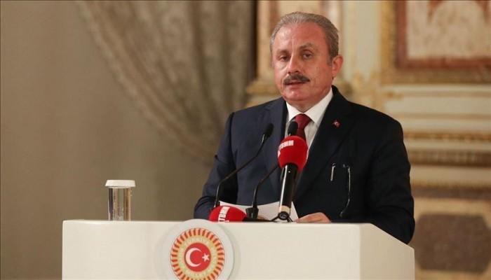 رئيس البرلمان التركي يتهم فرنسا بممارسة إرهاب الدولة