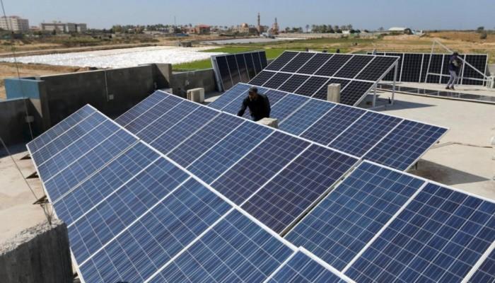 مصر تفتتح أكبر محطة طاقة شمسية في العالم