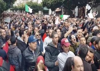 الجزائر.. مظاهرات جديدة رافضة لانتخابات الرئاسة ونتائجها