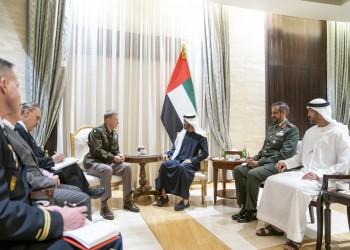 بن زايد يبحث مع رئيس أركان الجيش الأمريكي التعاون العسكري