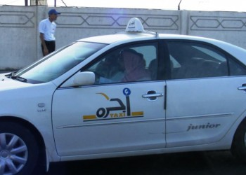 التاكسي الموجه بالتطبيقات الذكية للسعوديين فقط