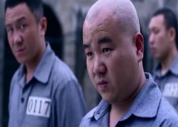 بطاقة معايدة ببريطانيا تكشف سخرة السجناء في الصين