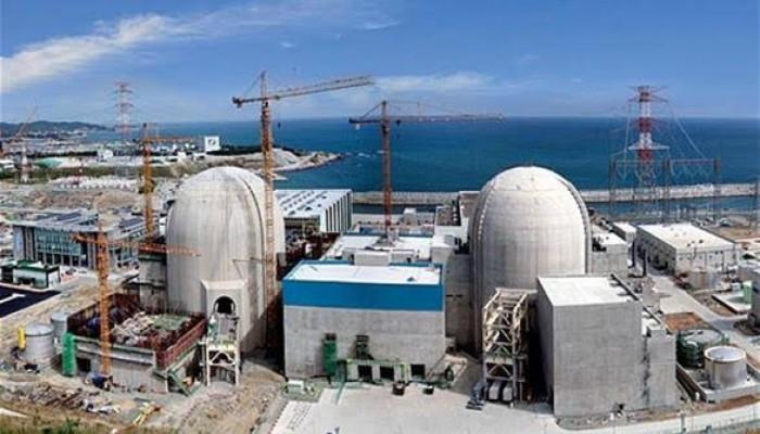 ديلي تلجراف: برنامج الإمارات النووي قد يقود إلى كارثة بيئية