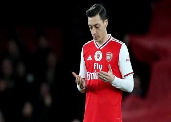 الصين تعاود بث مباريات أرسنال وتتجاهل أوزيل