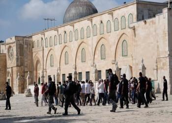 200 متطرف يهودي يقتحمون باحات المسجد الأقصى