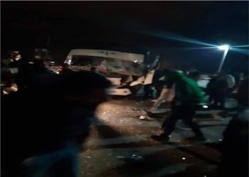 انقلاب حافلة لمشجعي فريق مصري على طريق شهد حادثا قبل يومين