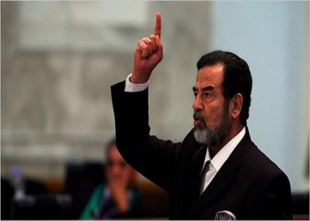 خامنئي يدعو للاعتبار من مصير صدام حسين