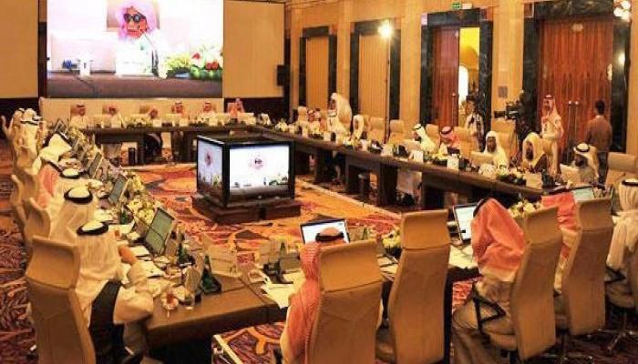 كبار العلماء تدعو السعوديين لإبلاغ الأجهزة الأمنية عن مثيري الريبة