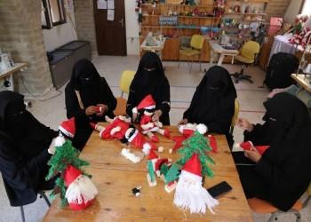ينشرن البهجة.. مسلمات يصنعن هدايا عيد الميلاد لأقباط غزة