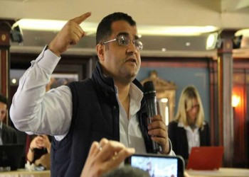 اعتقال شقيق صحفي مصري من وجوه ثورة يناير