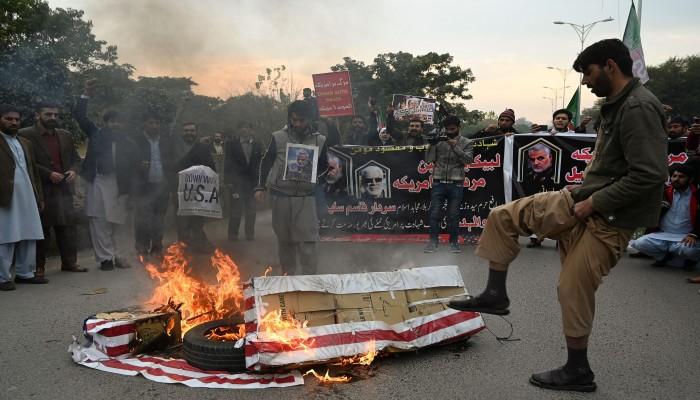باكستان.. تظاهرات ضد أمريكا تنديدا باغتيال سليماني