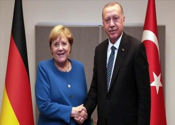 أردوغان وميركل يبحثان الأوضاع في ليبيا وسوريا