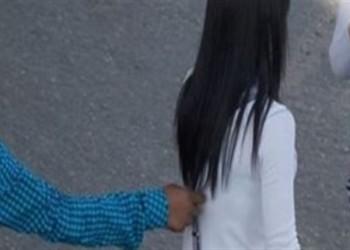السعودية.. فيديو تحرش بطفلة يثير غضبا ومطالبات بمحاسبة المتورط